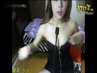 日本美女比基尼奶罩脱落
