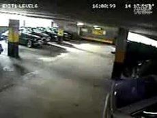 停車場監視器拍到的 搞笑 经典 视频 短篇