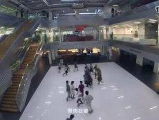 时隔二十载唐国强再演诸葛亮 《横扫千军》首映